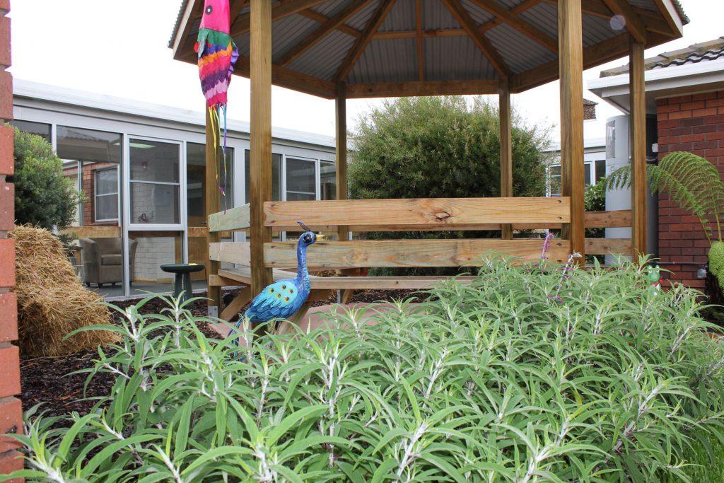 Ainslie Low head garden