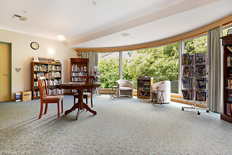 Sandown library